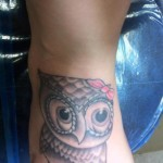 owl-tattoo-on -foot