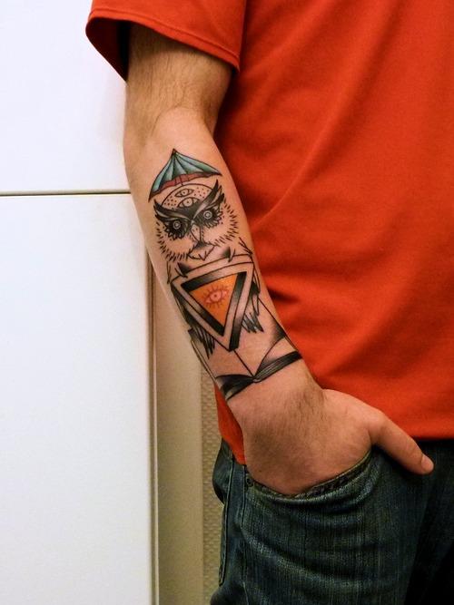 Woman Umbrella Tattoo Owl-tattoos-umbrella