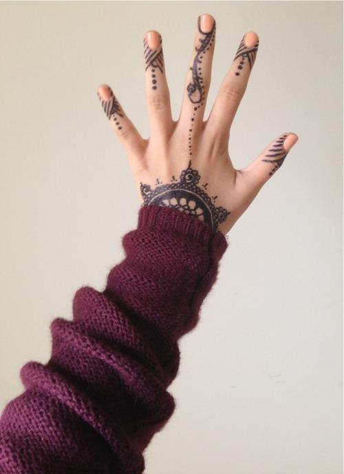Henna Finger Tattoo Designs Tattoo Love