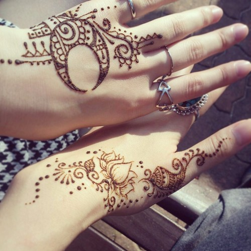 Moon And Star Henna Tattoo images