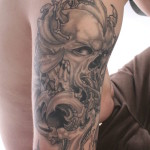 Biomech-Skull-tattoo