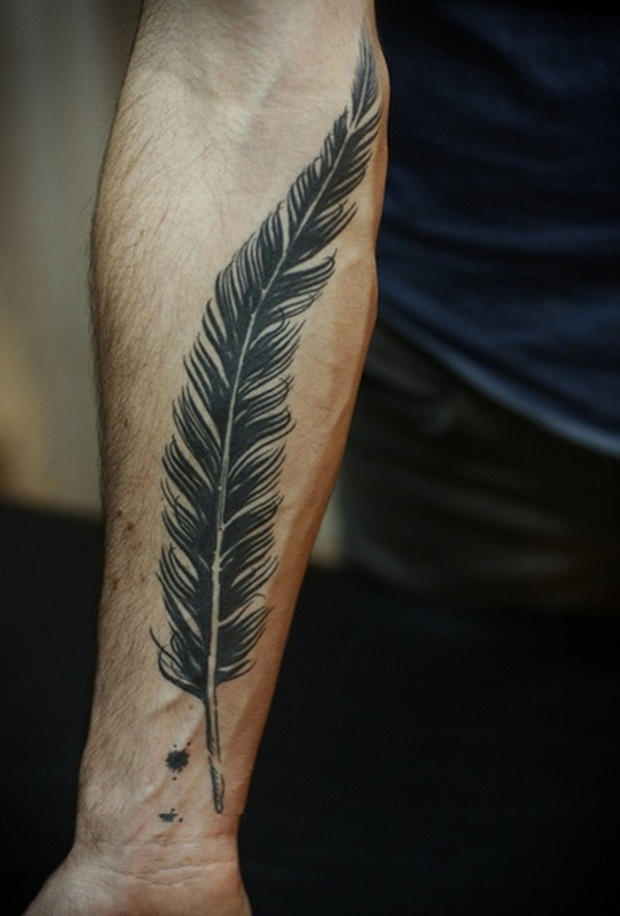 Feather Best Arm Tat
