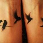 Bird Wrist Tattoo Designs For Girls (2)