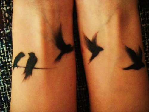 Bird Wrist Tattoo Designs For Girls (2) | Tattoo Love