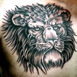 lion-face-tattoo-man-chest