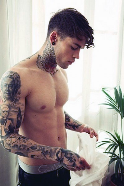 neck-tattoos-for-guys (1)