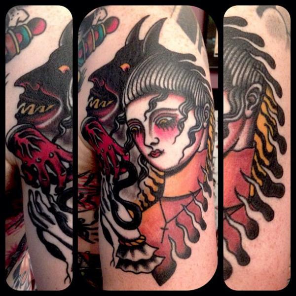 tattoo-old-school-woman-devil