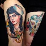tattoo-thigh-old-school-marner-skull-woman